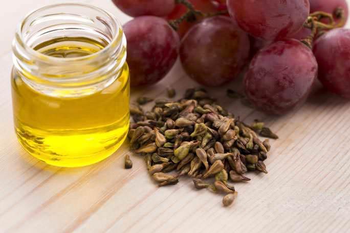 Масло из виноградных косточек можно изготовить в домашних условиях