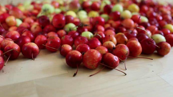 Райские яблоки могут храниться в свежем виде недолго – не более 2 месяцев