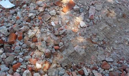 Строительный мусор на даче может быть крайне полезен