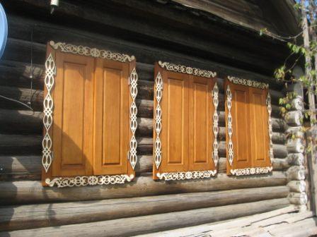 Кроме указанных выше преимуществ, ставни дачного дома просто красивы и оригинальны