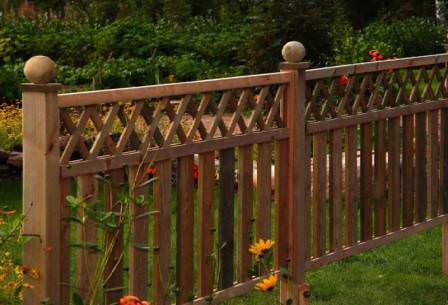 Выбираем забор для дачи: популярные варианты