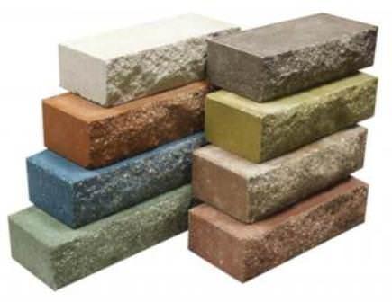 Перед любой стройкой на даче необходимо правильно определить материалы