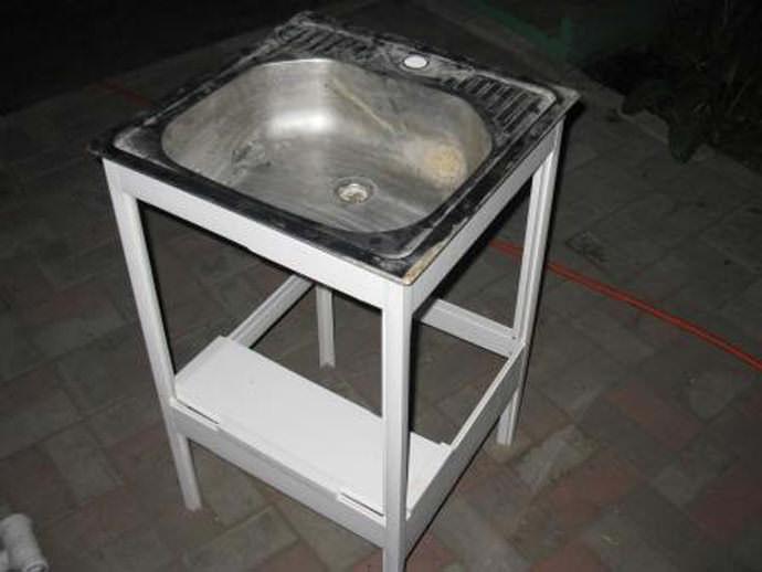 Умывальник с раковиной и тумбой для дачи своими руками варианты изготовления, материалы и