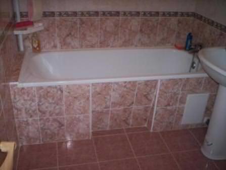 Сразу определите, какой именно будет ванная на даче — дорогой или бюджетной