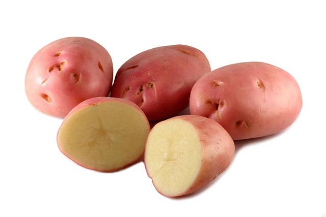 Столовый сорт с высокой товарностью под названием «Весна» может формировать и розовые клубни