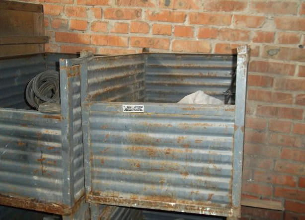 Железные дачные бункеры для хранения зерновых культур, сыпучих материалов