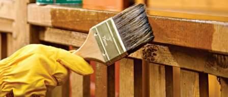 Для защиты древесины на даче требуется выбрать правильные методы и составы