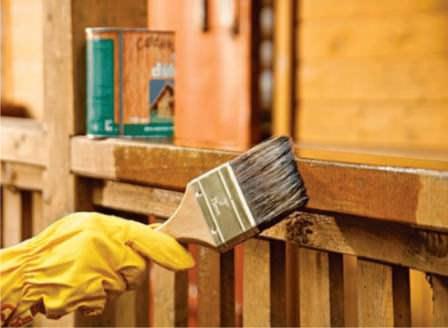 Как защитить древесину и деревянные изделия на даче от огня?