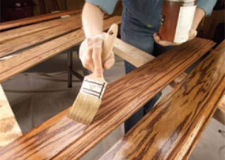 Качественная защита древесины на дачном участке