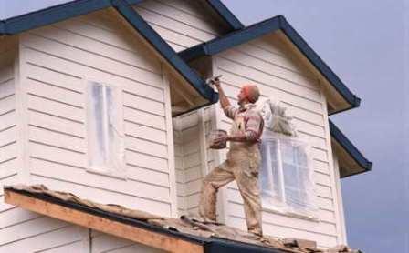 Хотите качественно защитить постройки и изделия на даче? Используйте корректные способы защиты древесины