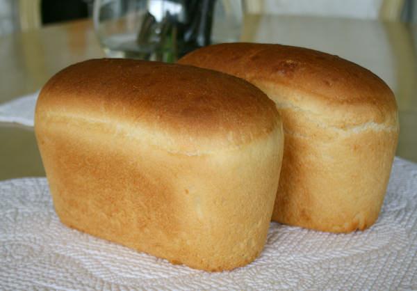 Опарный хлеб получается пористым и воздушным