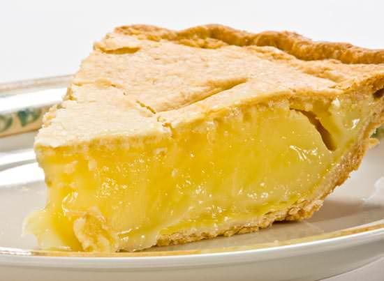 Начинка из лимона имеет необычный кисло-сладкий вкус в выпечке