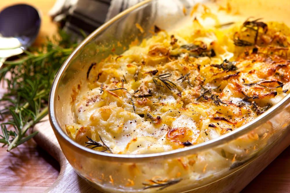 Картофельная запеканка с куриной печенью в духовке