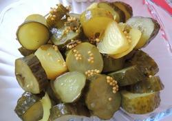 Консервация огурцов с горчицей в зернах всегда занимала значимое место в заготовках на зиму большинства домохозяек