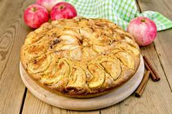 Рецепты шарлотки без муки станут незаменимыми для людей, избегающих добавления в свой рацион пшеничной клейковины