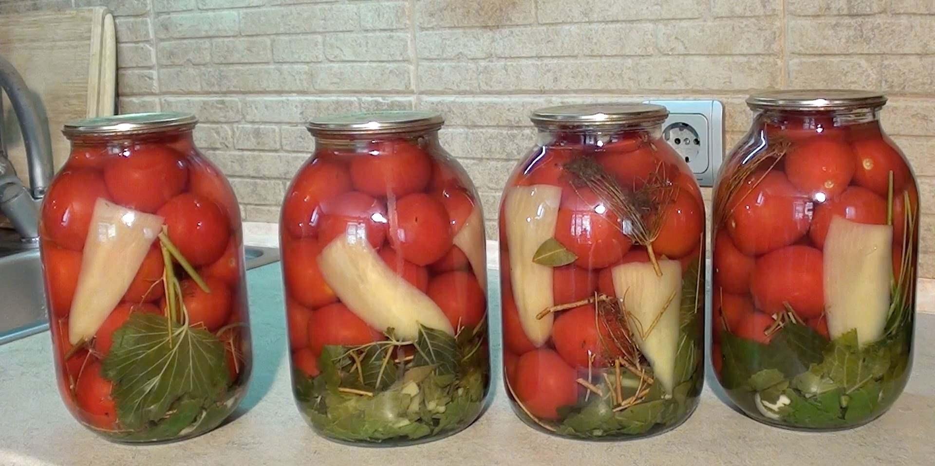 Отличие этой заготовки в отсутствии уксуса и вкусе свеженарезанных овощей