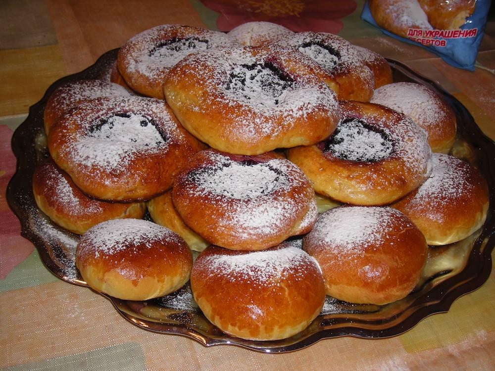 киска с сдвинутыми булочками фото