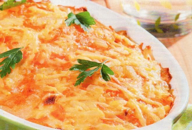 Картофельная запеканка с морковью и луком