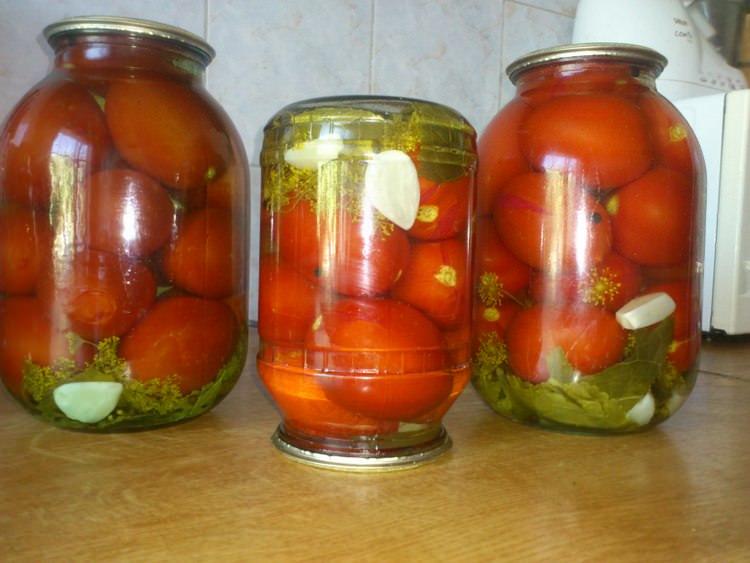 Такие помидоры станут прекрасным украшением на праздничном столе