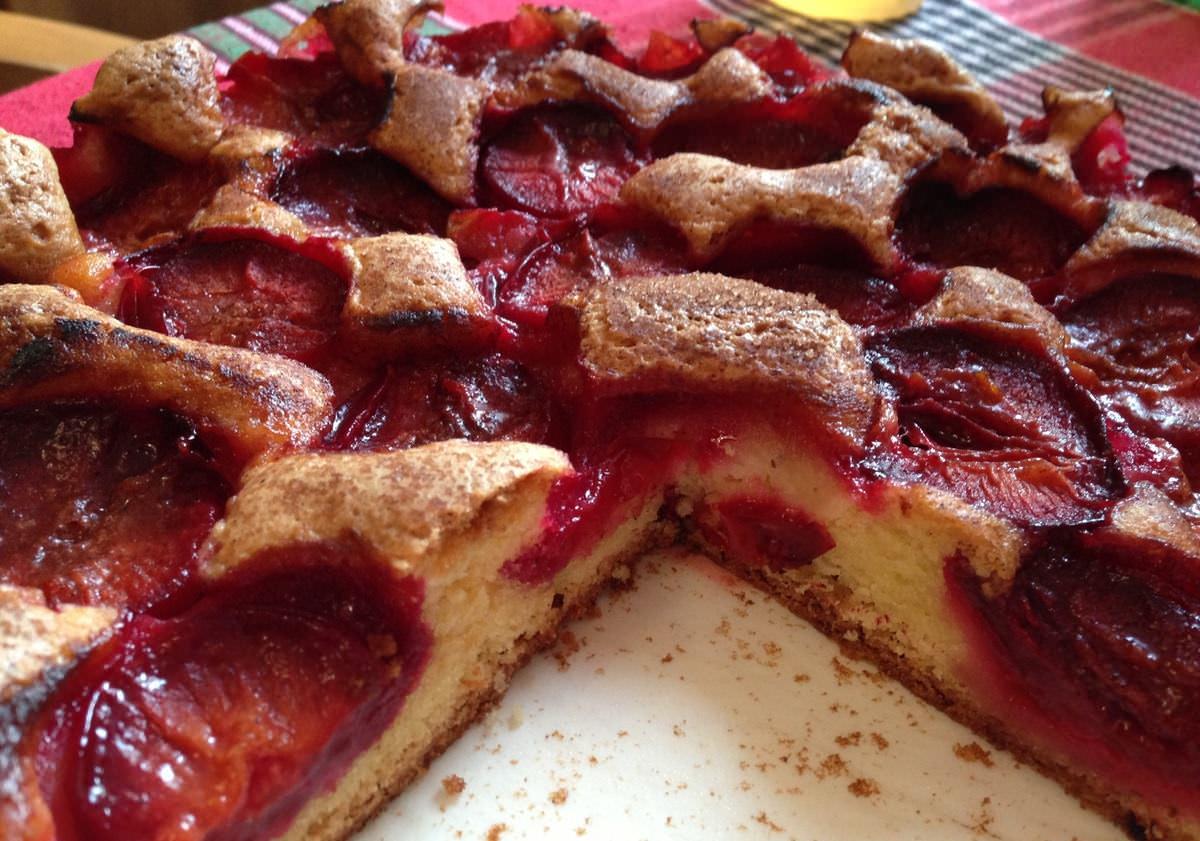 Пирог легко готовится и не отнимает много времени