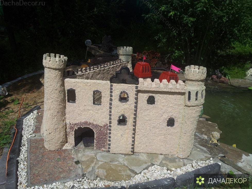 Как сделать макет средневекового замка на участке своими руками