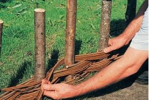 Плетение вертикального тына