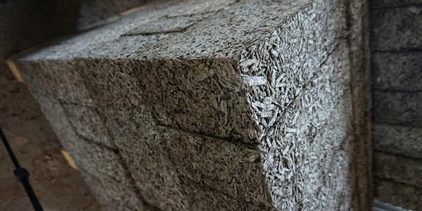 Арболитовый блок: прочный, легкий и огнестойкий материал для малоэтажного строительства