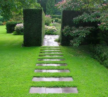 Какие сделать садовые дорожки на своем участке?