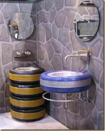 Дачный душ или ванная комната в новом, оригинальном дизайне