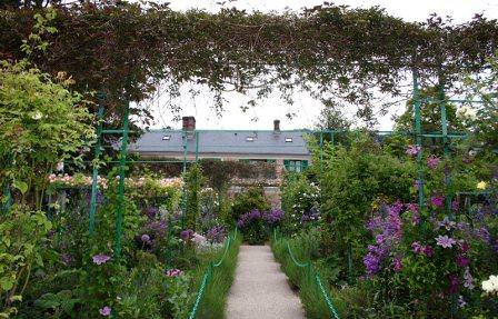 Цветущий сад Моне