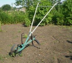 Устройство для прополки сорняков своими руками
