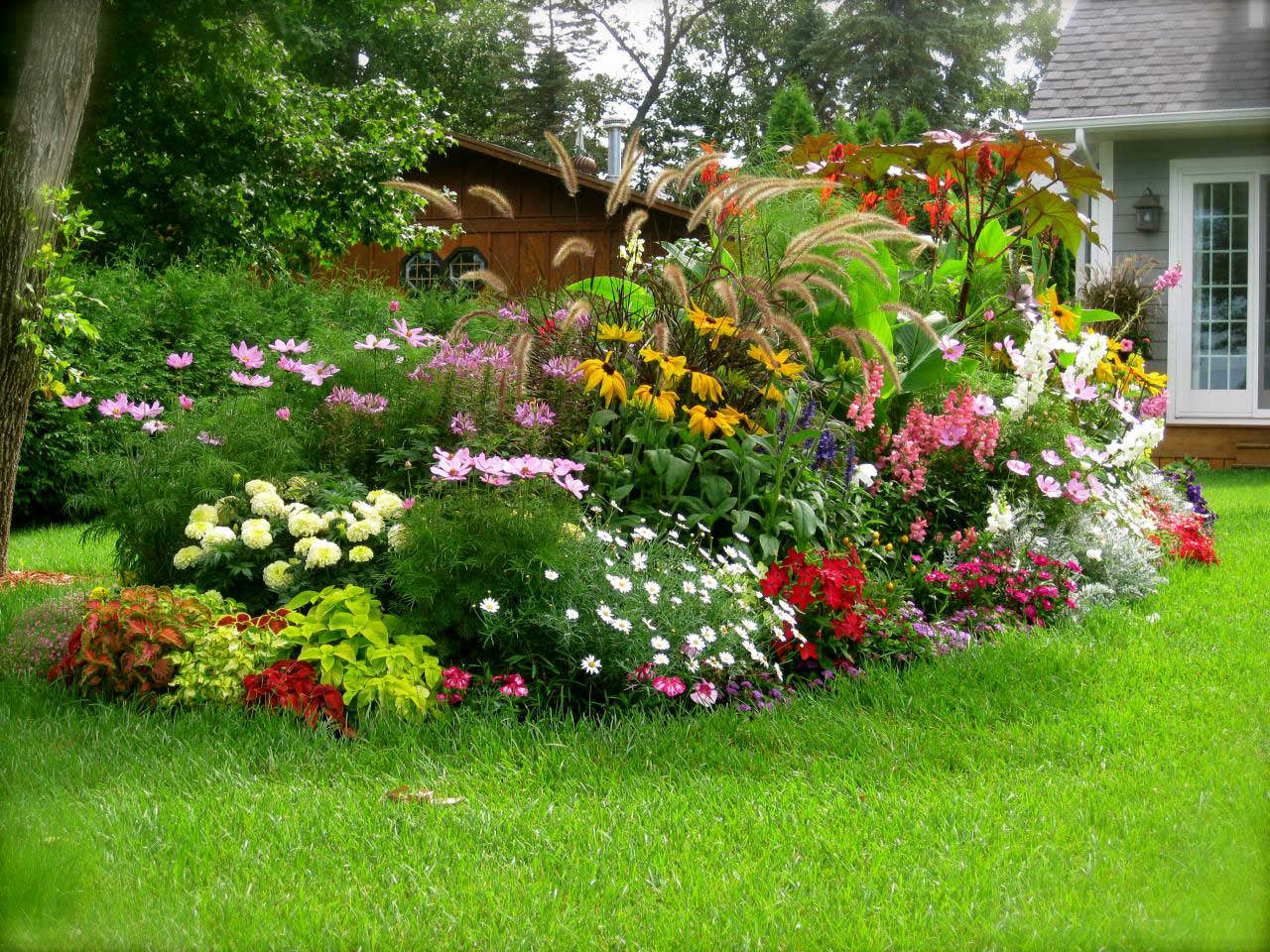 Фото красивого сада своими руками