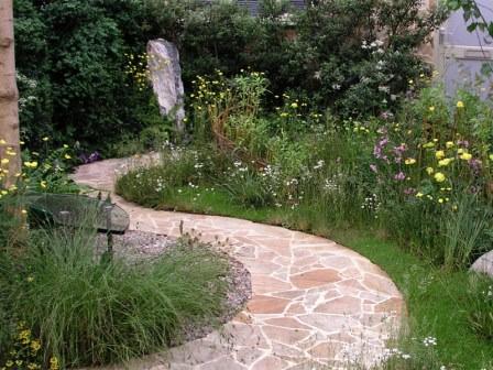 Дорожки для сада из отдельных камней
