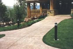 Сплошная форма для садовой дорожки