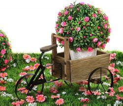 Современный декор для сада часто включает в себя необычные идеи и вещи, способные преобразить территорию участка