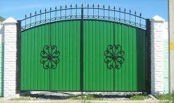Ворота из профлиста – современный, доступный и достаточно качественный вариант