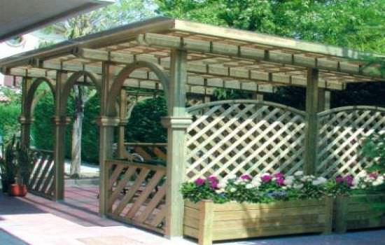 Перголы — эффектное украшение сада или сквера