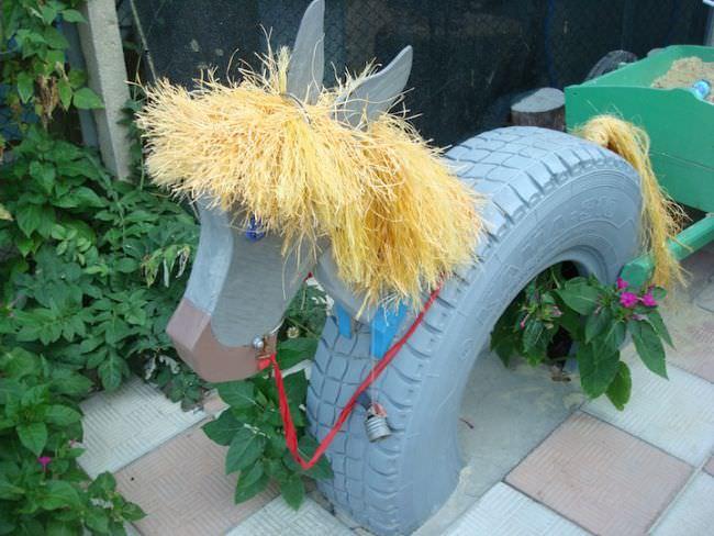 Лошадка из автошины — классная поделка для детской площадки