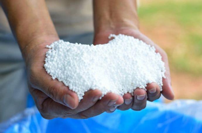 Мочевина, или карбамид, является химическим соединением, диамидом угольной кислоты