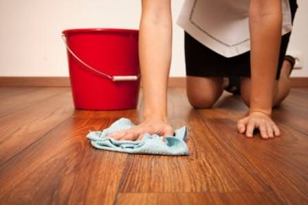 Как мыть ламинат