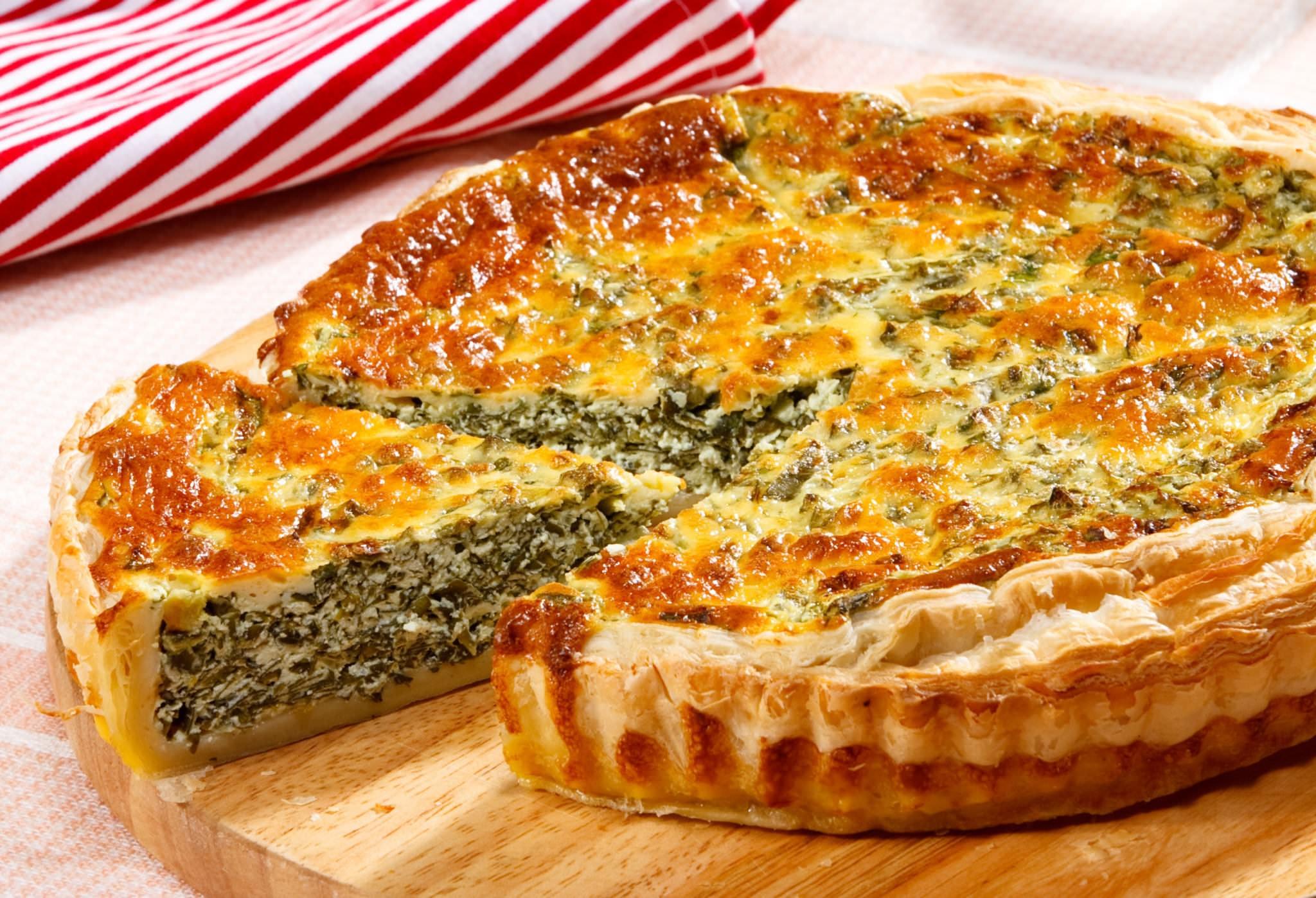 Открытый пирог с зеленью и сыром рецепт
