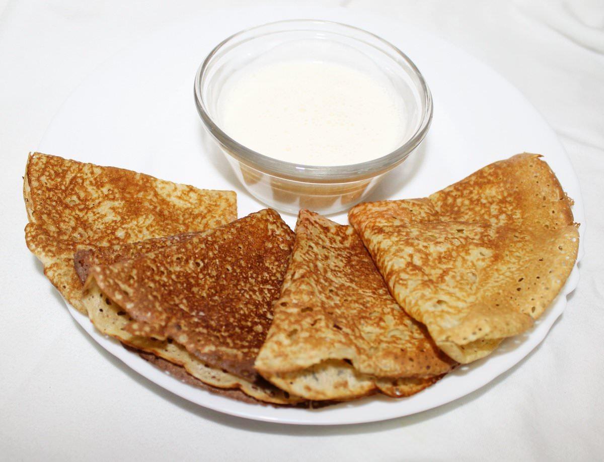 Рецепт классических блинов на молоке с дырочками с фото