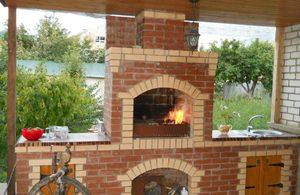Особенности строительства кирпичного барбекю