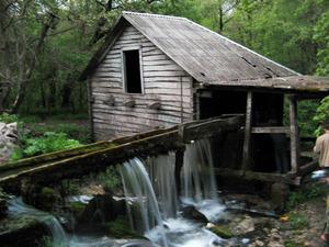 Водяные мельницы фото